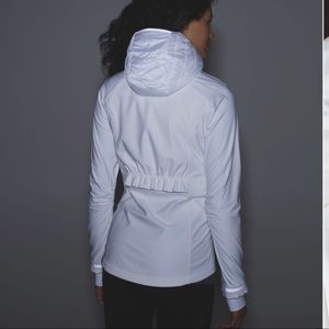 Lululemon White Wind Runner Soft Shell jacket